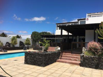 Spacious Villa Costa Teguise